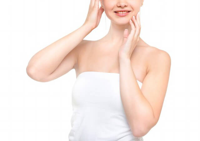 日本橋の皮膚科をお探しなら三越前駅近くの「日本橋形成外科・皮フ科・美容外科」~ニキビ・シミ・ソバカスなどの肌トラブルやタトゥー除去・巻爪治療・脱毛なども行っております~